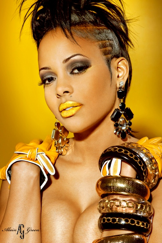 Feb 10, 2010 Keyshia Dior Yellow lips!!