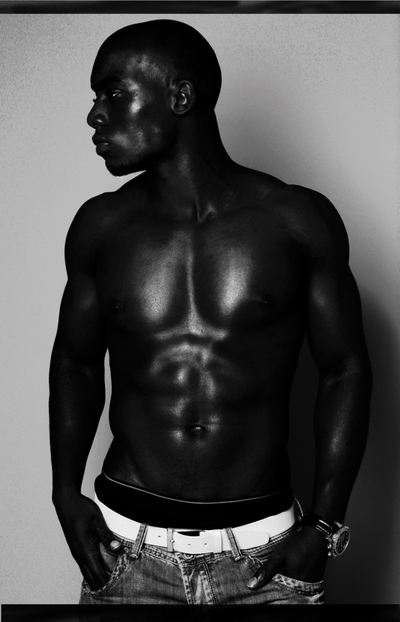 LONDON STUDIO Feb 11, 2010 C.C.M Photography THE DARKER THE BERRY THE SWEETER THE JUICE