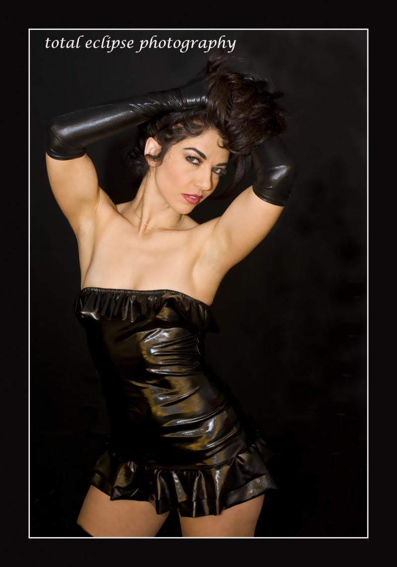 http://photos.modelmayhem.com/photos/100211/11/4b745640a559d.jpg