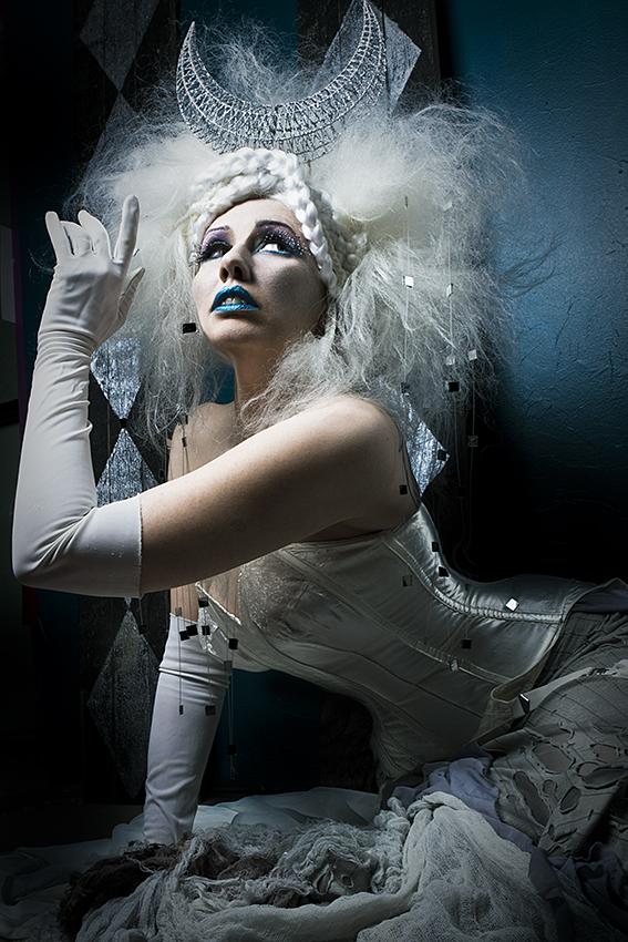 C{Space Feb 13, 2010 Kidtee Hello/ Acid Poptart Winter Queen