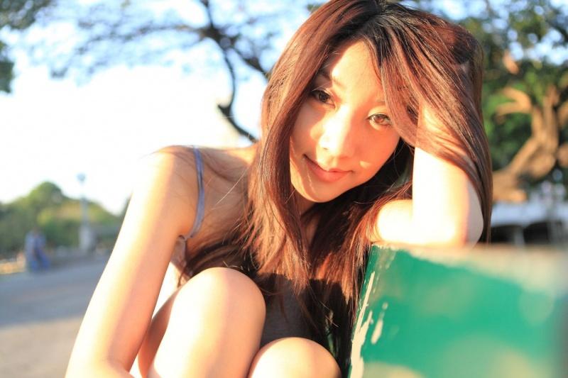 Female model photo shoot of Vvienna in Lumphini Park- Bangkok