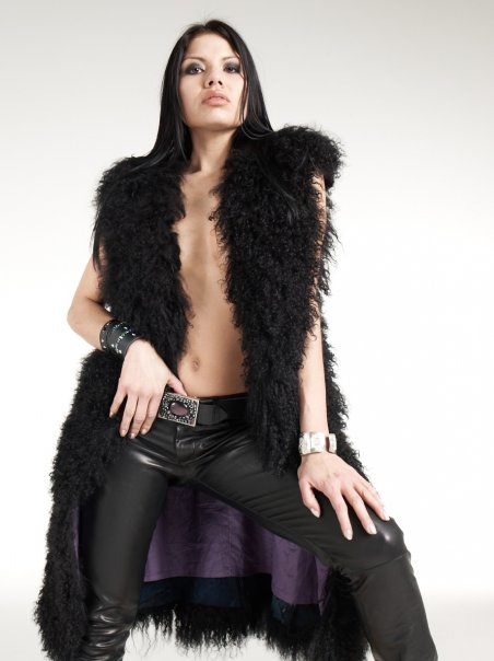 Female model photo shoot of Ms Jones in Vancouver, BC