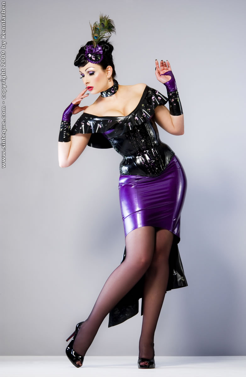 Feb 27, 2010 Photo by Gérard Vicendo, Dress by Savage Wear The Lady is a Vamp