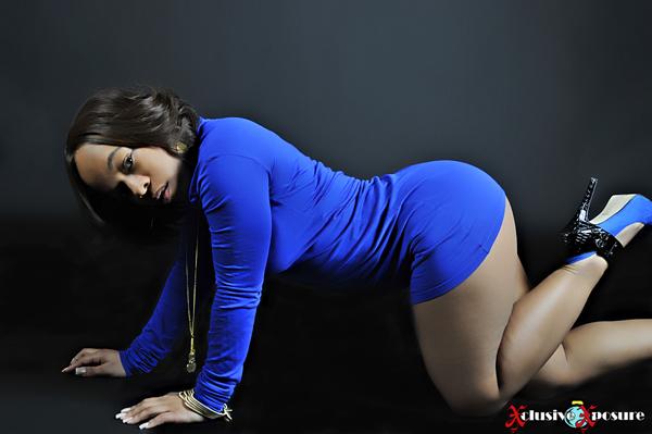 Female model photo shoot of NuNu Tha model