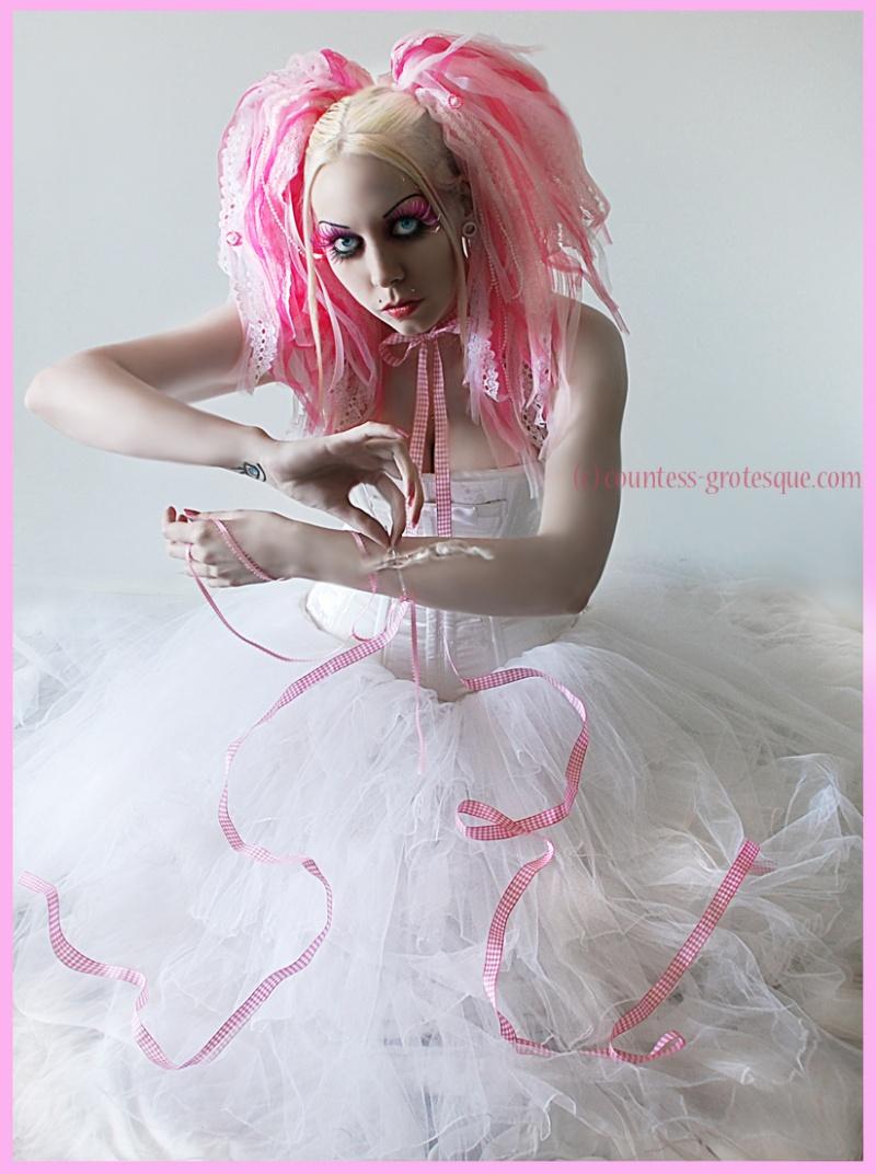 Mar 07, 2010 Model, photo, hair, sfx make-up etc- me Designer- Obsidian Lace