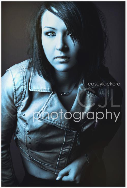 http://photos.modelmayhem.com/photos/100307/17/4b94538798e95.jpg