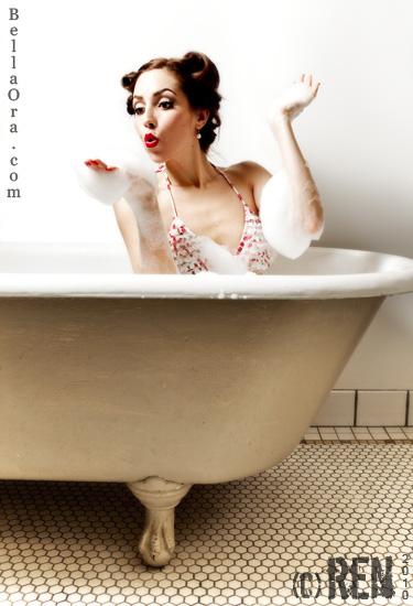 Mar 07, 2010 (c) Renee Lee 02-2010 BellaOra.com Retro Pin-Up Girl in Bathtub
