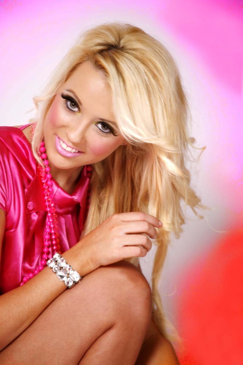 Female model photo shoot of Natalie Rossiter in Dublin