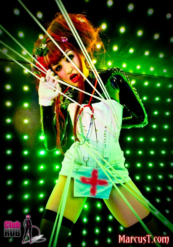 Mar 09, 2010 MarcusT Missy Starr modelling a corset by Scarlet Diva for Club RUB