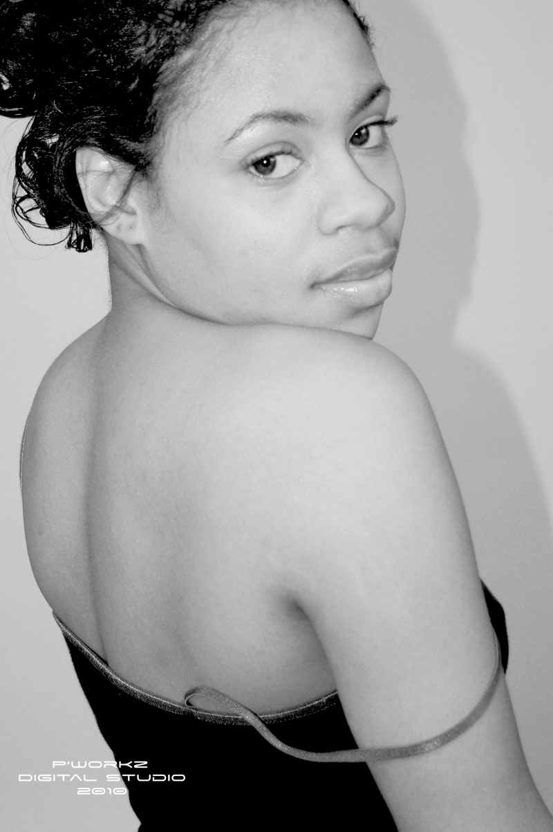 Female model photo shoot of Jazzy Emani by Personalized workz in memphis tn
