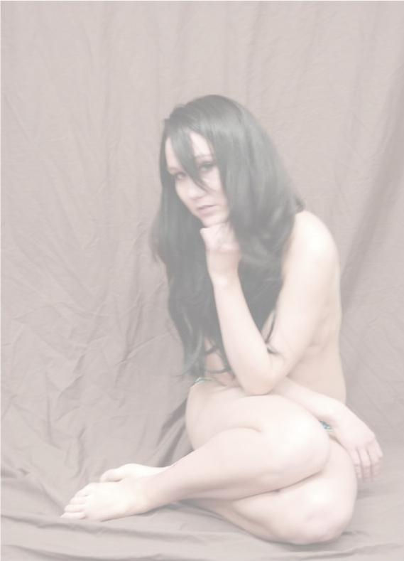 Female model photo shoot of Nicole-Saarra
