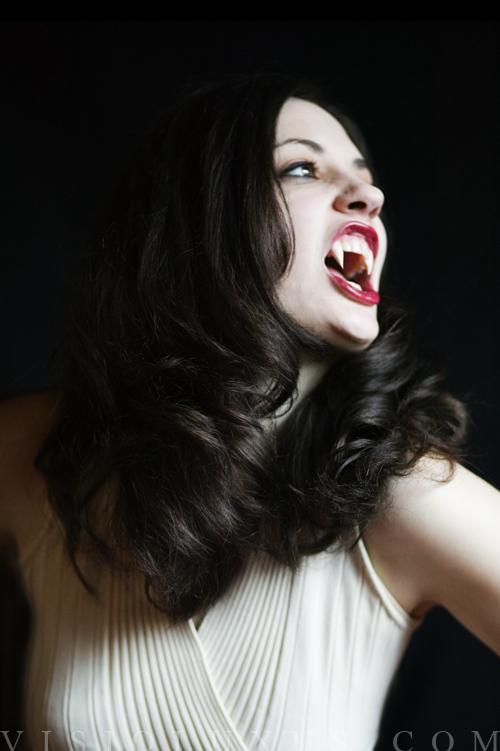 Mar 11, 2010 2010 Vampire shoot