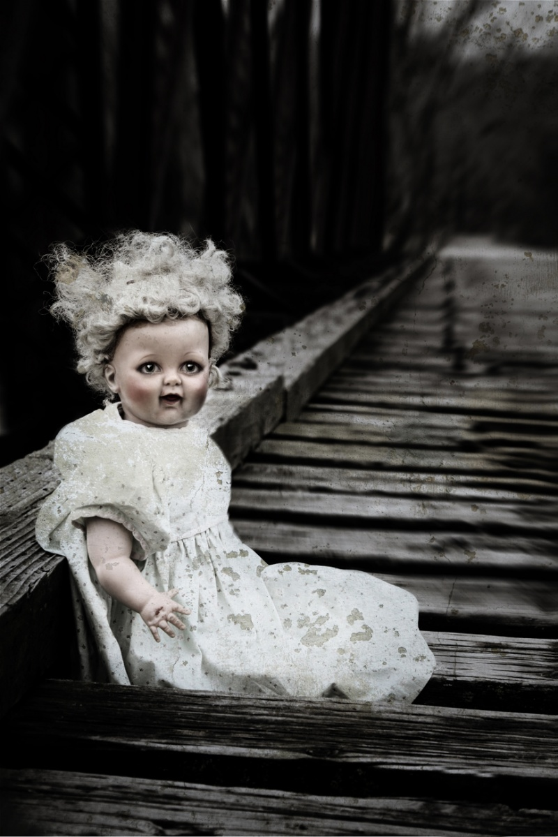 Mar 15, 2010 ©MDP OK, so I like Scary Dolls...