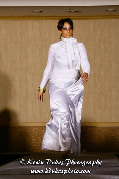 Dallas, Texas Mar 16, 2010 1st Annual Thyroid Awareness Gala & Fashion Show