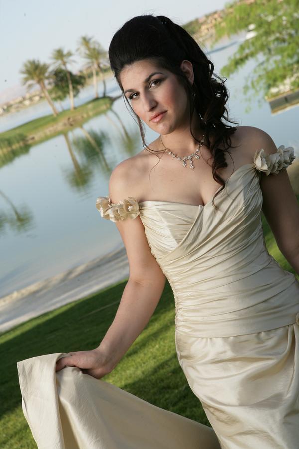 Lake Las Vegas Mar 20, 2010 LV Bride Magazine