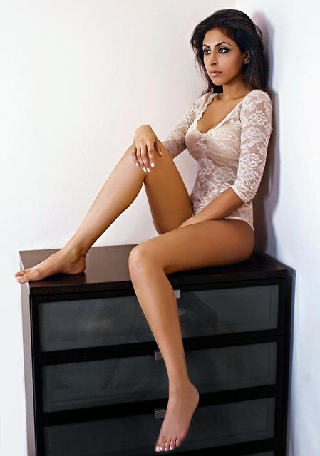 https://photos.modelmayhem.com/photos/100321/07/4ba62af295272.jpg