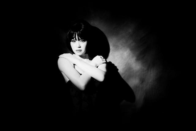 Female model photo shoot of alisonbaileyphotography and RebeccaAmy in Yerbury studio