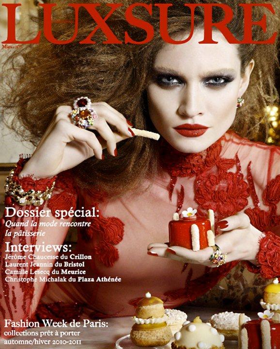 Paris Apr 03, 2010 Des Hommes Qui Signent Edito LUXSURE magazine