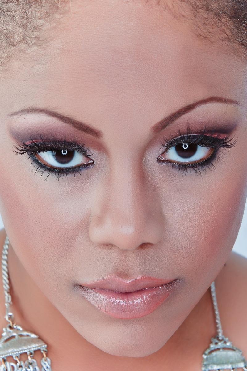 Female model photo shoot of Shavone Moore by maxwellstudios in Redlands, CA, hair styled by James lane