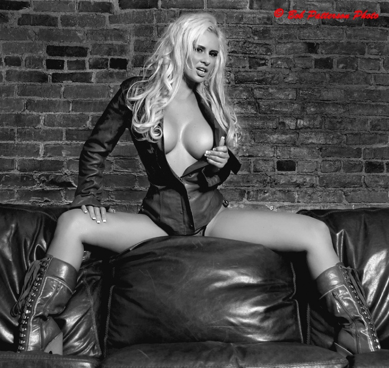 Norwich, NY Apr 09, 2010 Bob Patterson Kristy Ann in leather