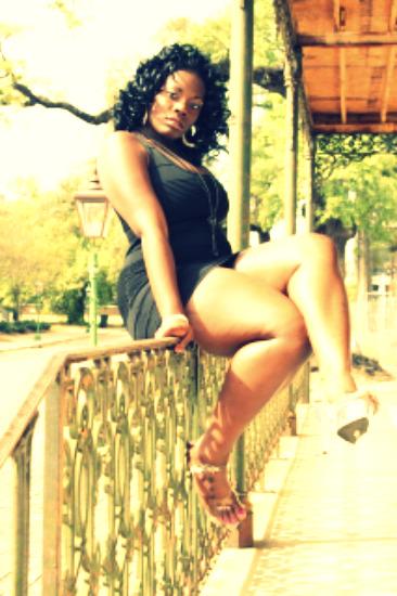 Female model photo shoot of KEYONNA ROBINSON