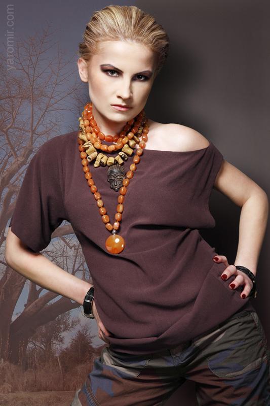 Female model photo shoot of Natalia Surowaniec by YAROMIR