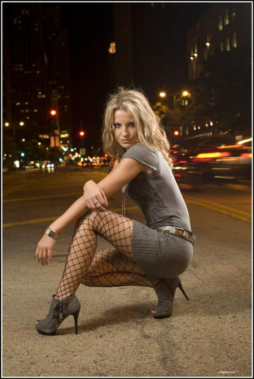 Female model photo shoot of Natalia Surowaniec