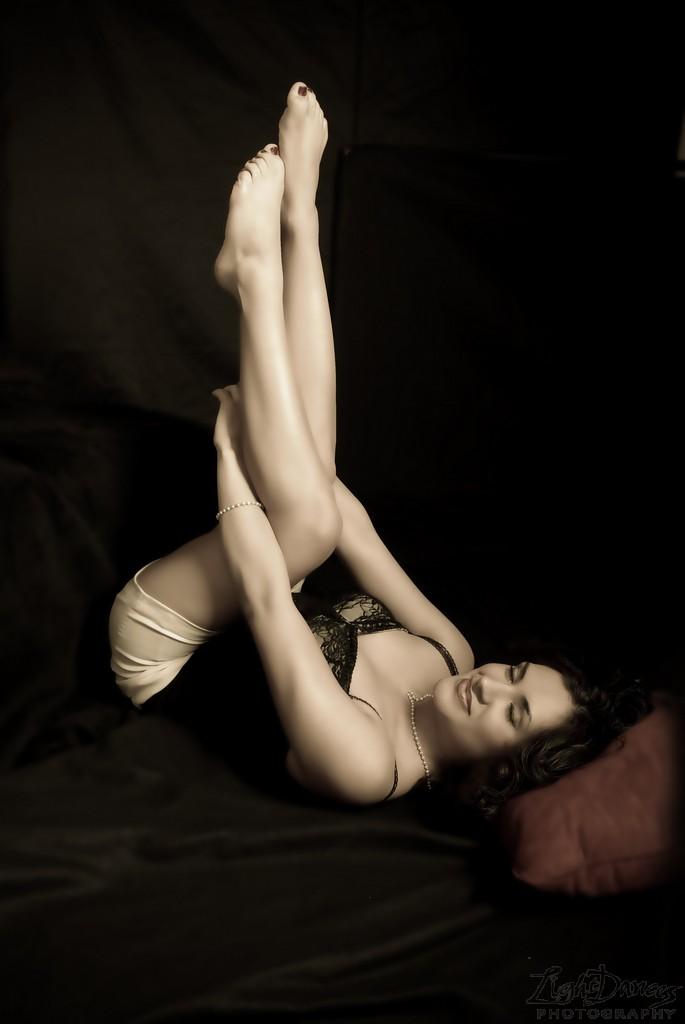 Female model photo shoot of SandraInez