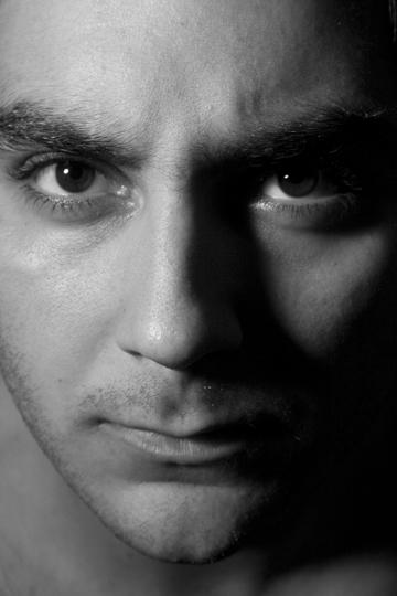 Male model photo shoot of Angel Benitez