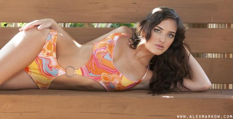 Female model photo shoot of Michelle Parparian