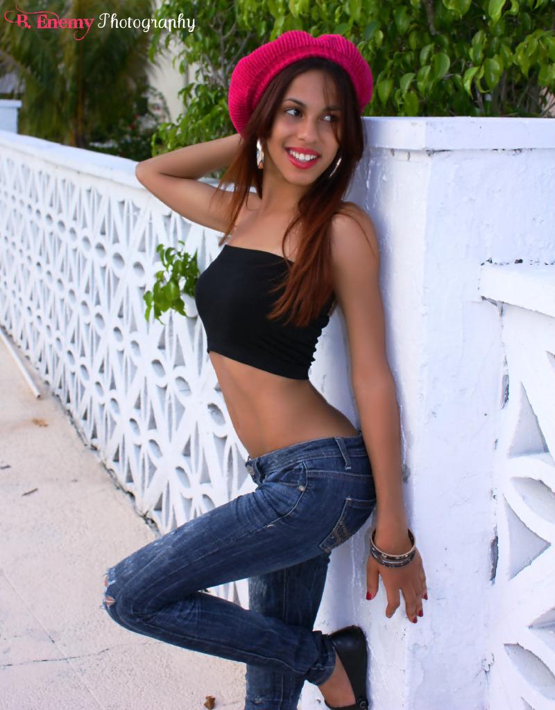 Female model photo shoot of Keishla Marie