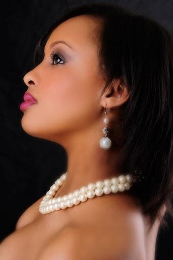 Female model photo shoot of Sasha Chanel