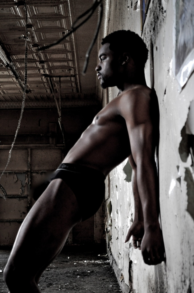 Male model photo shoot of Reginald Shirley