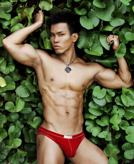 Picture About Asian Male Model Ricky Tang 25 years old from Bangkok, Bangkok, Thailand