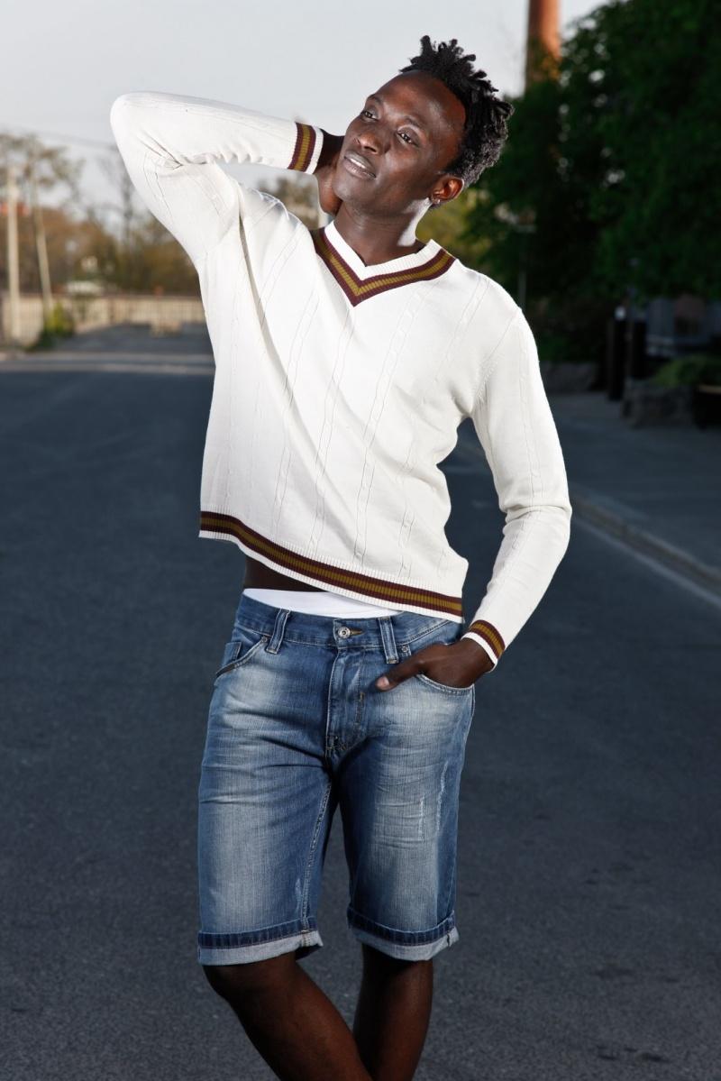 Male model photo shoot of Tye Alli in Fizheye Creative Inc
