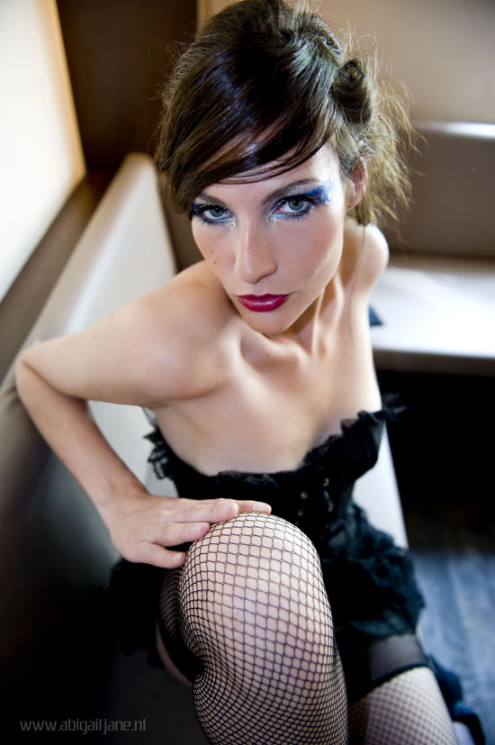 Female model photo shoot of Dylena by Abigail-JanePhotography in www.pand48.nl, makeup by Magdalena Visage