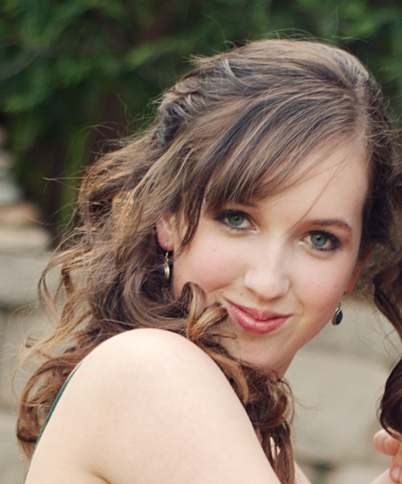 Female model photo shoot of Alison Foley