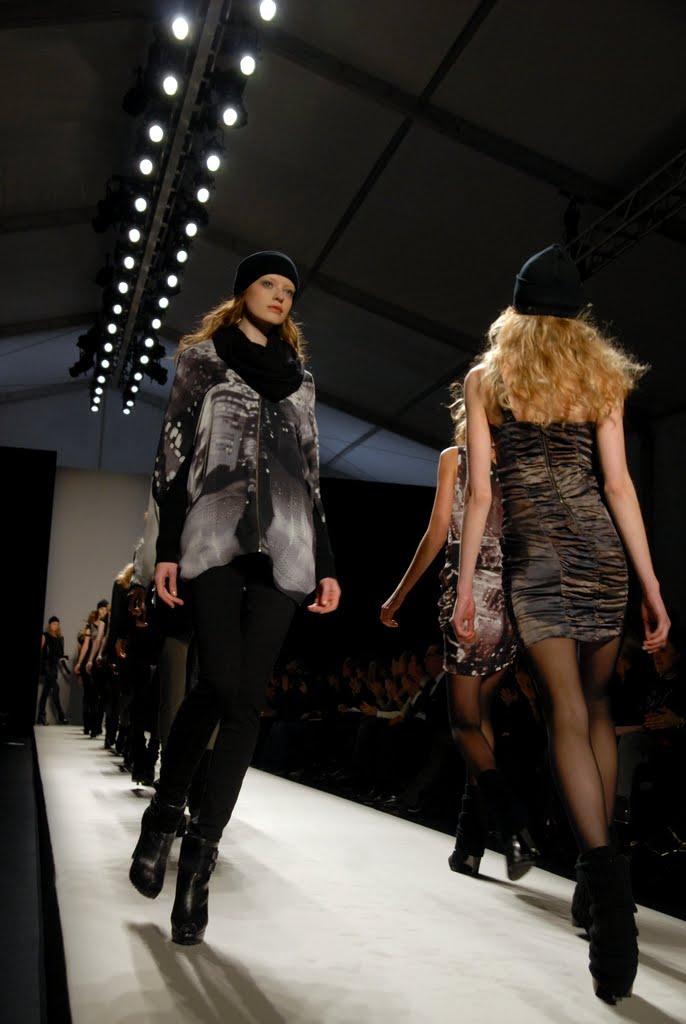 May 30, 2010 mercedes-benz fashionweek