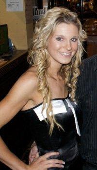 Female model photo shoot of Rebecca Boggiano