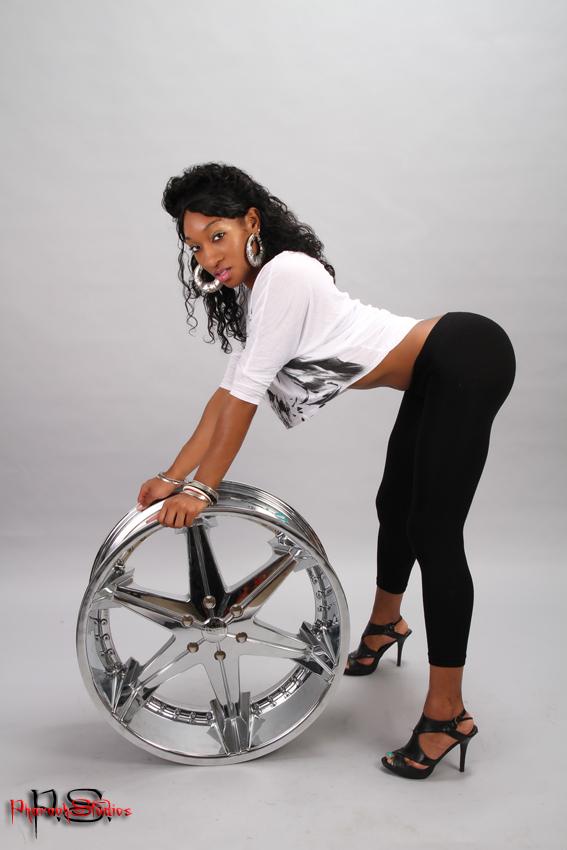 Female model photo shoot of Ms Dee Nice by P-Studios