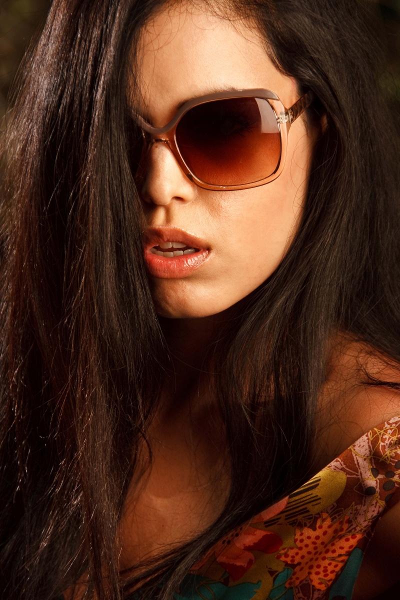Male and Female model photo shoot of Matteo Mencarelli and Tara Elizabeth4