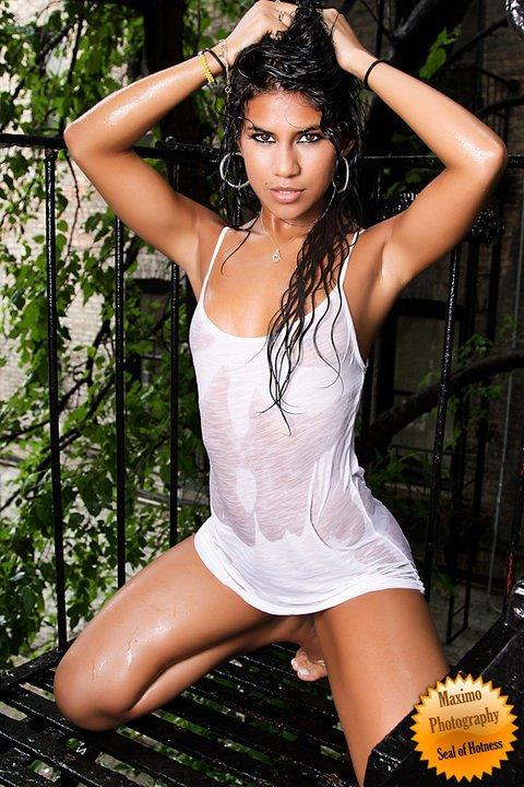 Female model photo shoot of lola martinez