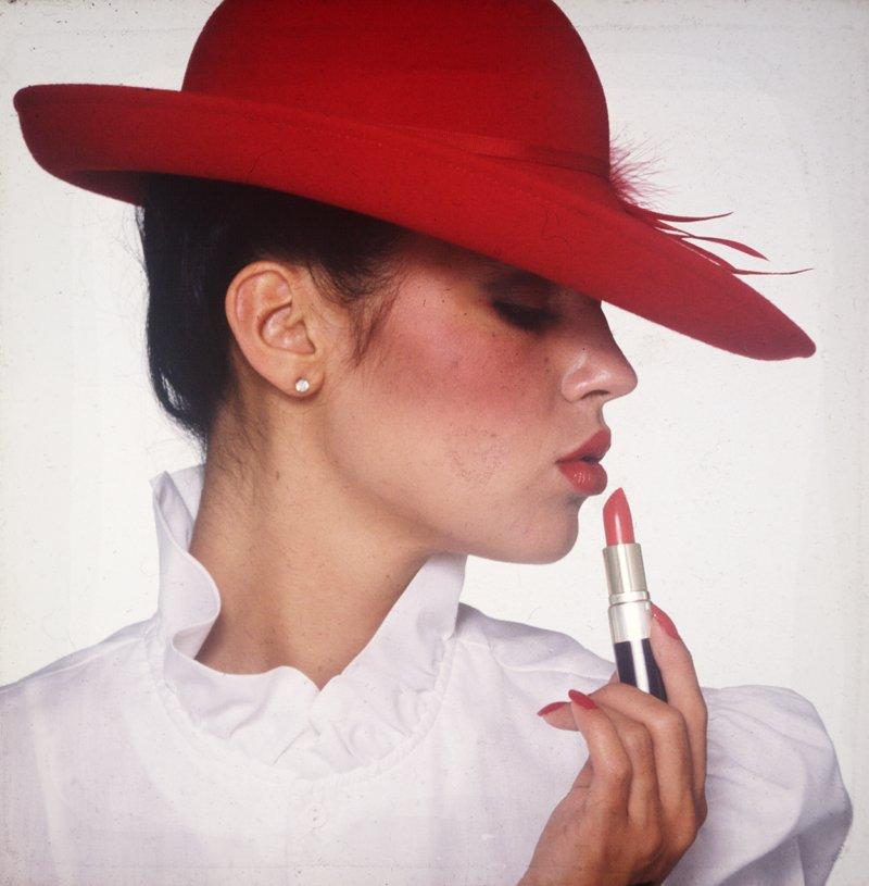 Seattle, WA Jun 03, 2010 Lisa with Lipstick and Hat