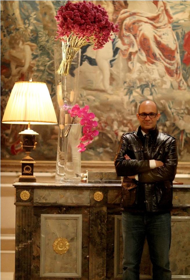Paris, France Jun 05, 2010 Steven Bagley Yes, that is me- in Paris!