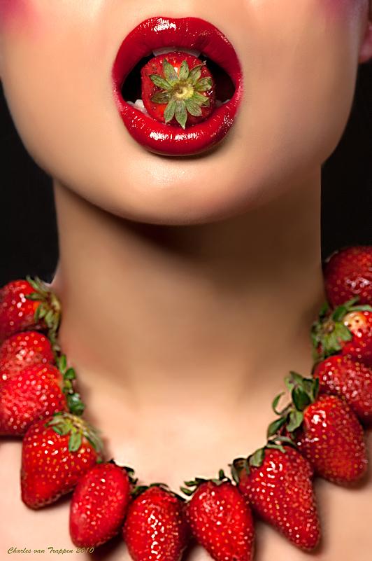 Schiphol Rijk, Netherlands Jun 10, 2010 Charles van Trappen 2010 I love strawberries!