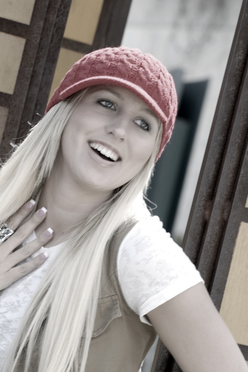 Female model photo shoot of Jenna Hutchison