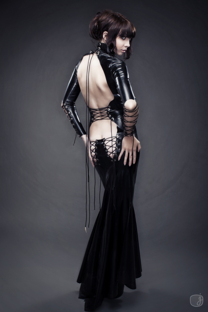 Jun 11, 2010 Jessica Watson Photography Black lace up latex gown