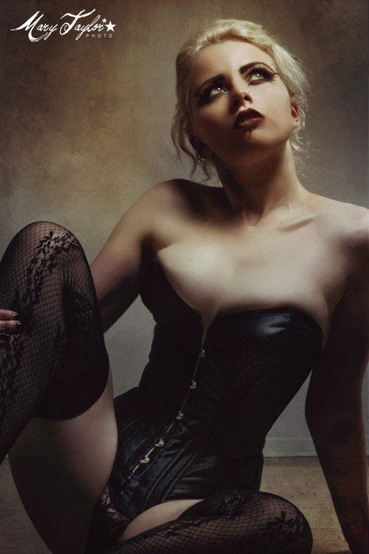 Female model photo shoot of M E L U X I N E by Mary Taylor Photo in Los Angeles