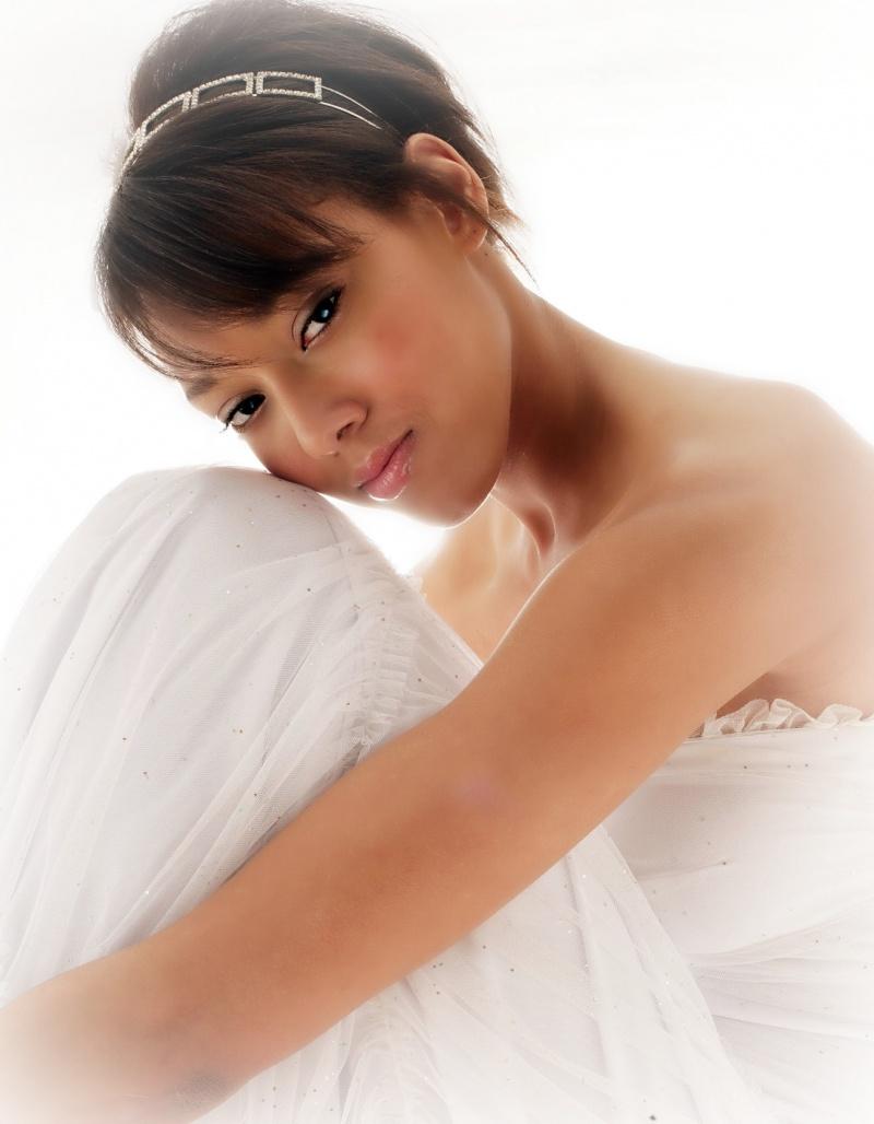 Female model photo shoot of AmberLyn89