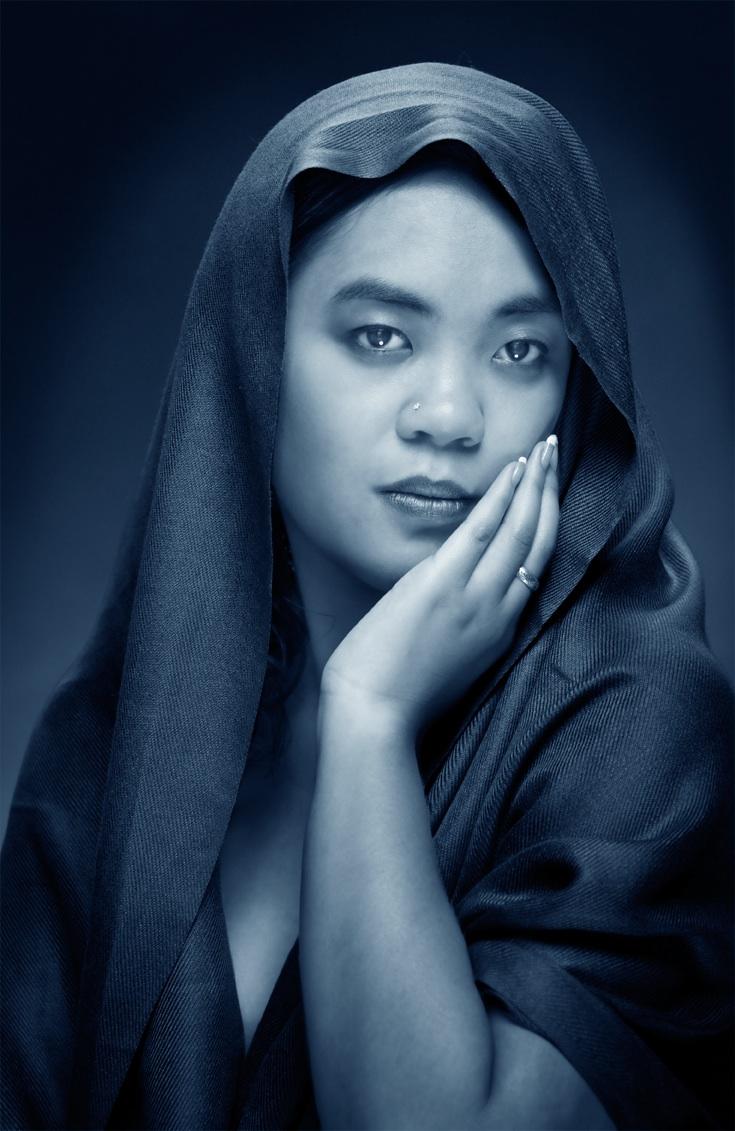 Female model photo shoot of Liz Manalo by Phil Leisenheimer in Eden Prairie, MN
